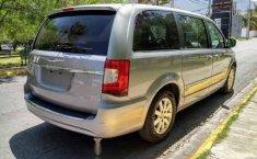 Chrysler Town & Country 2016 5p Li V6/3.6 Aut-4