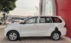 Toyota Avanza 2017 5p Premium L4/1.5 Aut-6