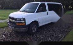 Chevrolet Express Van 12 pasajeros-2