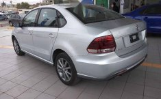 Volkswagen Vento 2020 4p Comfortline L4/1.6 Aut-6