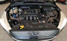 Ford Focus-1