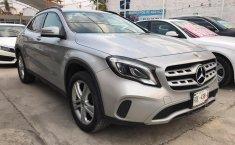 Mercedes Benz GLA 200-4