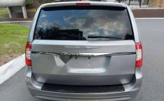 CHRYSLER TOWN CONTRY LX MOD 2013-3
