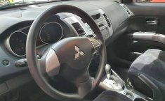 Excelente Mitsubishi Outlander 2012 Unico Dueño-0