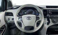 Toyota Sienna-26