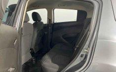 Chevrolet Beat-25