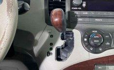 Toyota Sienna-17