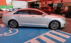Lincoln MKZ-4