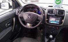 Renault Logan Dynamique-2