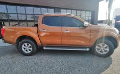 Nissan NP300 Doble Cabina-13