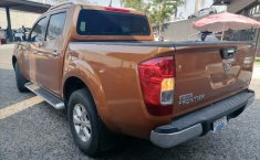 Nissan NP300 Doble Cabina-11