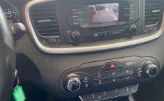 Kia Sorento 2016 5p LX, L4 TA A/AC, Tela 5 pas. RA-11