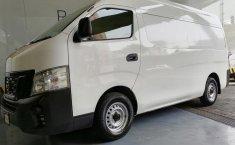Nissan Urvan-13