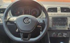 Volkswagen Polo Comfortline-8