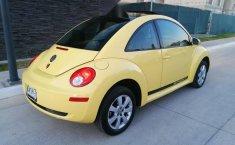 beetle 2.0 2011 estandar 2 dueños placas de Jalisc-12