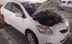 Yaris Sedan Premium 2012 Blanco-10