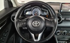 Toyota Yaris R-13