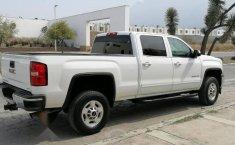 GMC SIERRA 2500HD 8 BIRLOS 2015-12
