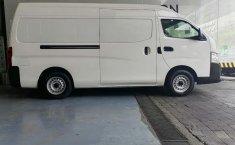 Nissan Urvan-10