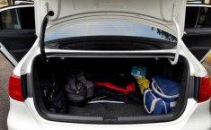 Volks Wagen Jetta 2012-10