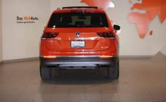 Volkswagen Tiguan 2019 5p Highline L4/2.0/T Aut-10