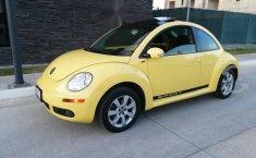 beetle 2.0 2011 estandar 2 dueños placas de Jalisc-8