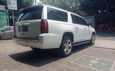 Chevrolet Suburban-16