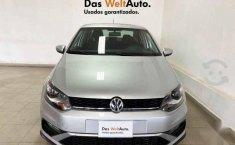 Volkswagen Vento 2020 4p Highline L4/1.6 Aut-6