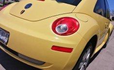 beetle 2.0 2011 estandar 2 dueños placas de Jalisc-4