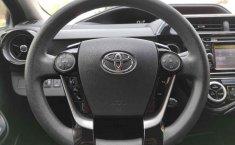 Toyota Prius-8