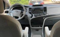 Toyota Sienna 2014 Ce-3
