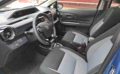 Toyota Prius-7