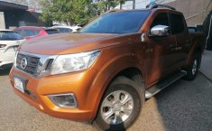 Nissan NP300 Doble Cabina-4