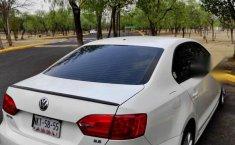 Volks Wagen Jetta 2012-5