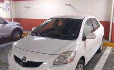 Yaris Sedan Premium 2012 Blanco-2