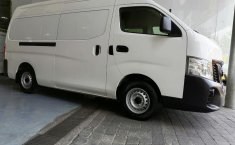 Nissan Urvan-1