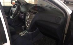 Yaris Sedan Premium 2012 Blanco-1
