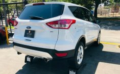 FORD ESCAPE SE BLANCO PLATINO METALIZADO 2013-0