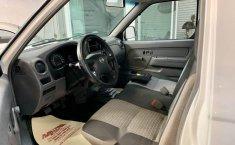 Nissan np300 estacas aire extremadamente nueva crd-0