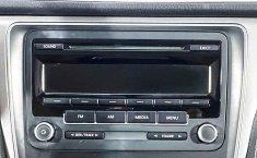 Volkswagen Passat-35
