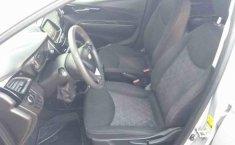 Chevrolet Spark-10