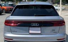 Audi Q8 HYBRID S-LINE-9