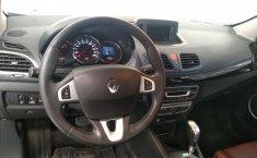 Renault Fluence-7