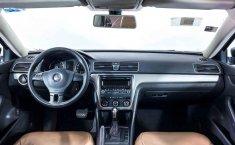 Volkswagen Passat-19