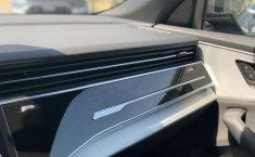 Audi Q8 HYBRID S-LINE-1