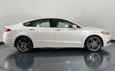 Ford Fusion-26