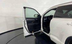 46080 - Toyota Highlander 2014 Con Garantía At-9