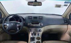 Toyota Highlander-13