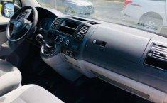 VW TRANSPORTER PASAJEROS 2015 #2241-3