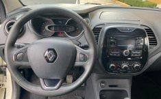 Renault Captur-4